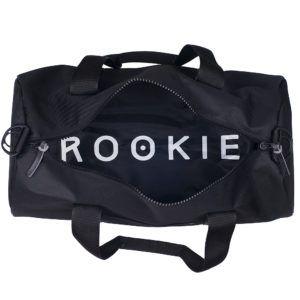 zdjęcie wnętrza torby sportowej